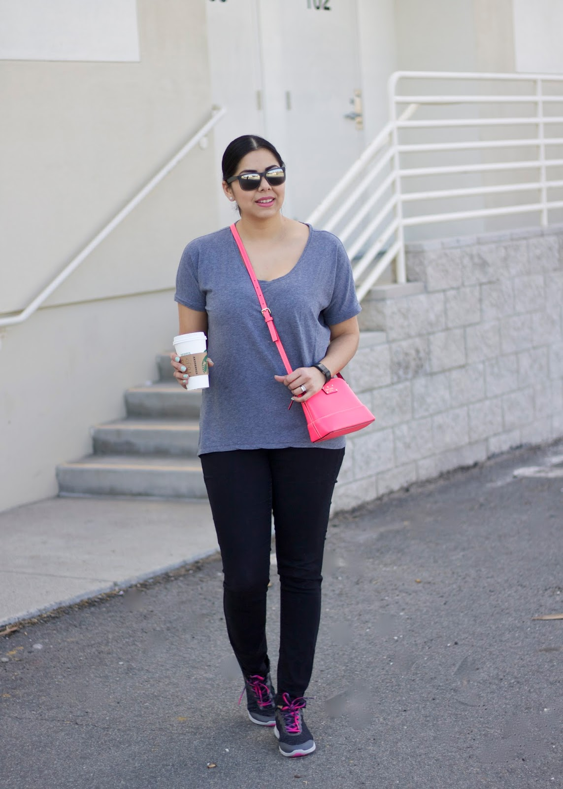 Cool tennis, gray and hot pink outfit, socal blogger, so cal fashion blogger, latina blogger