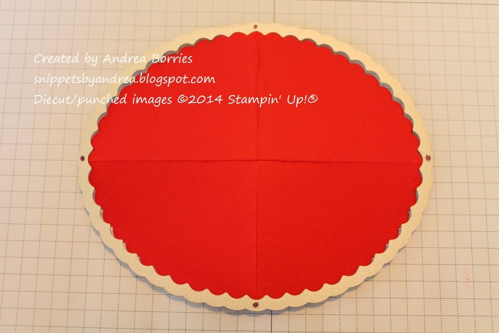 How to mark the center scallops on the scalloped oval Framelits die.