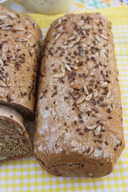 pane di segale integrale con lievito madre