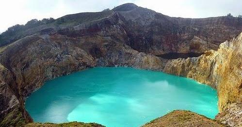 Mount Kelimutu, East Nusa Tenggara