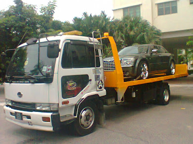 Pelangi Auto :  Towing Services