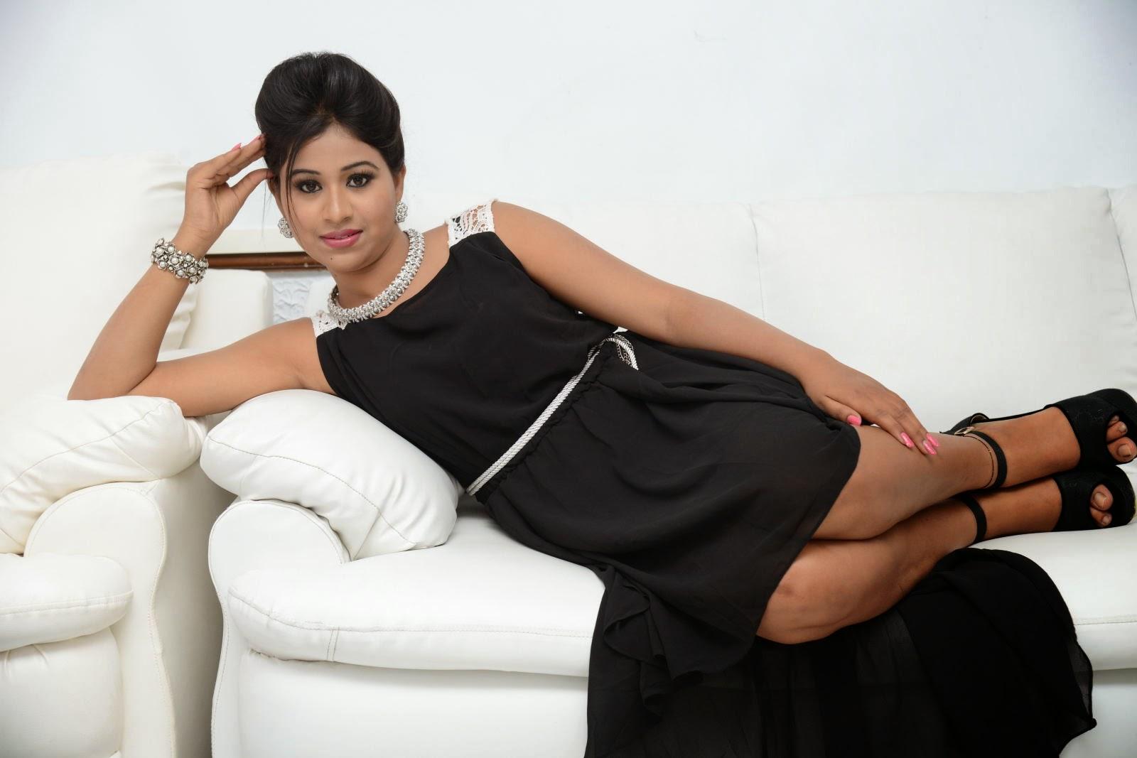 Manali Rathod latest Glamorous photos-HQ-Photo-6