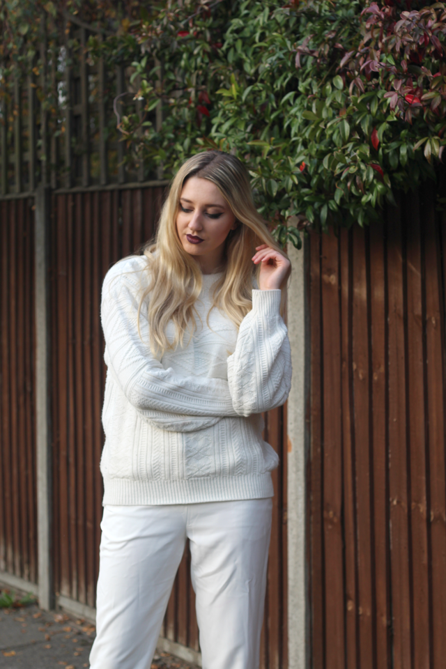 how to wear all white