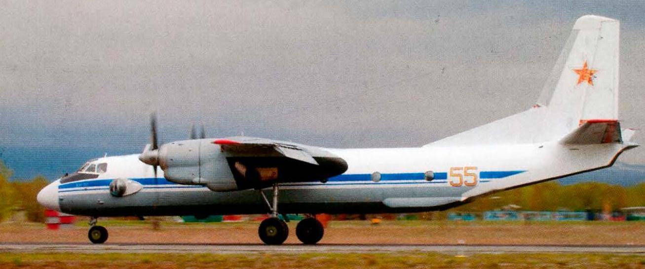 самолет ан 26 фото