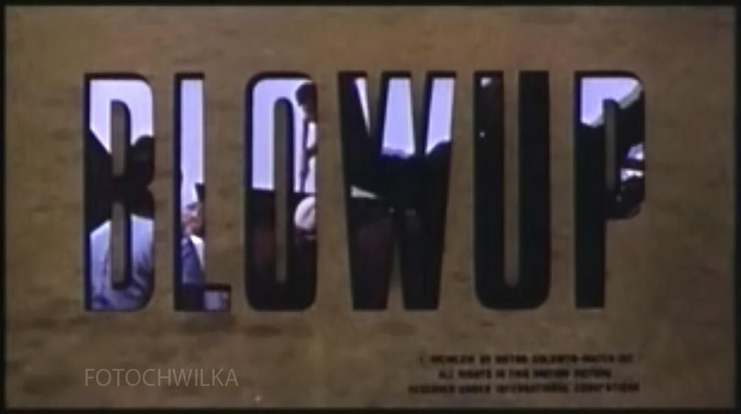 Recenzja fotograficznego filmu Blowup, czyli Powiększenie. Kadr z filmu.