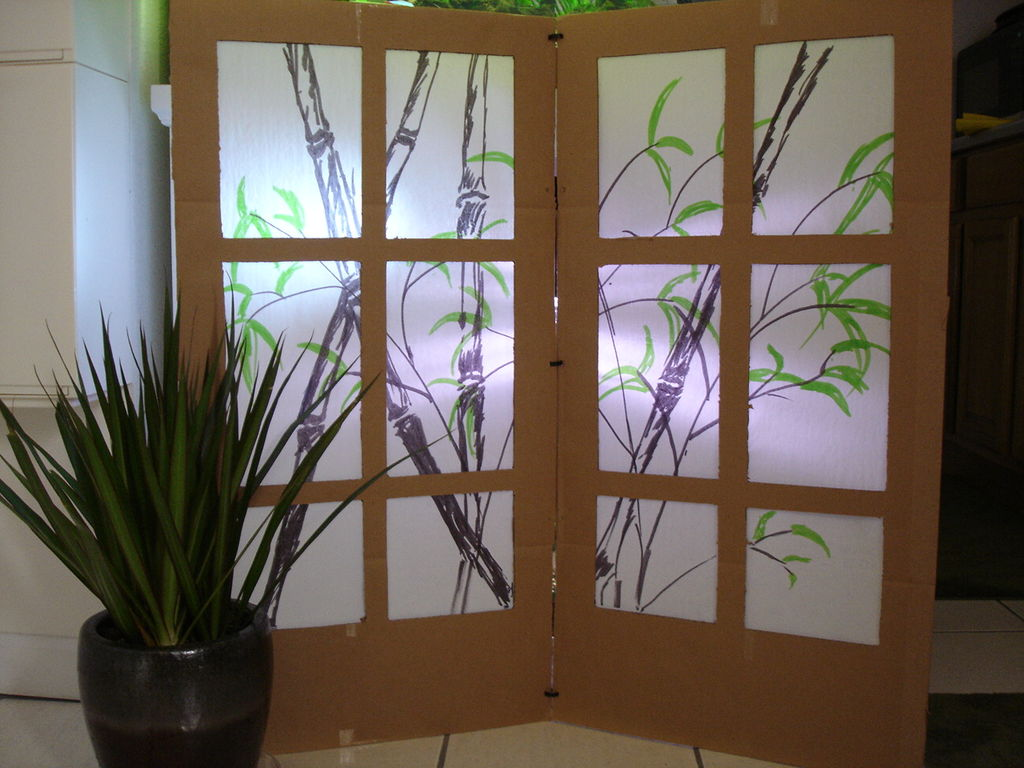 All about room dividers and folding screens diy ideas for for Room divider frame crafts