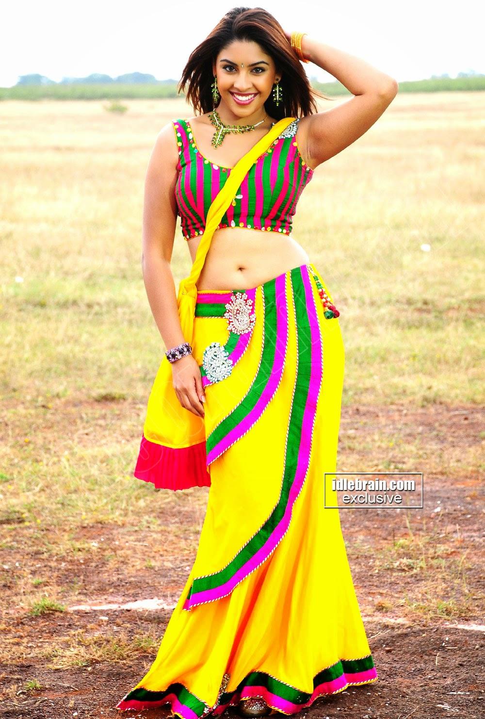 Actress Richa Armpits Show
