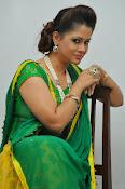 Shilpa chakravarthy sizzling photos-thumbnail-3
