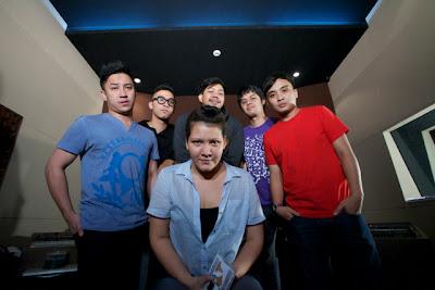 Foto Kinetik feat. Melanie Subono