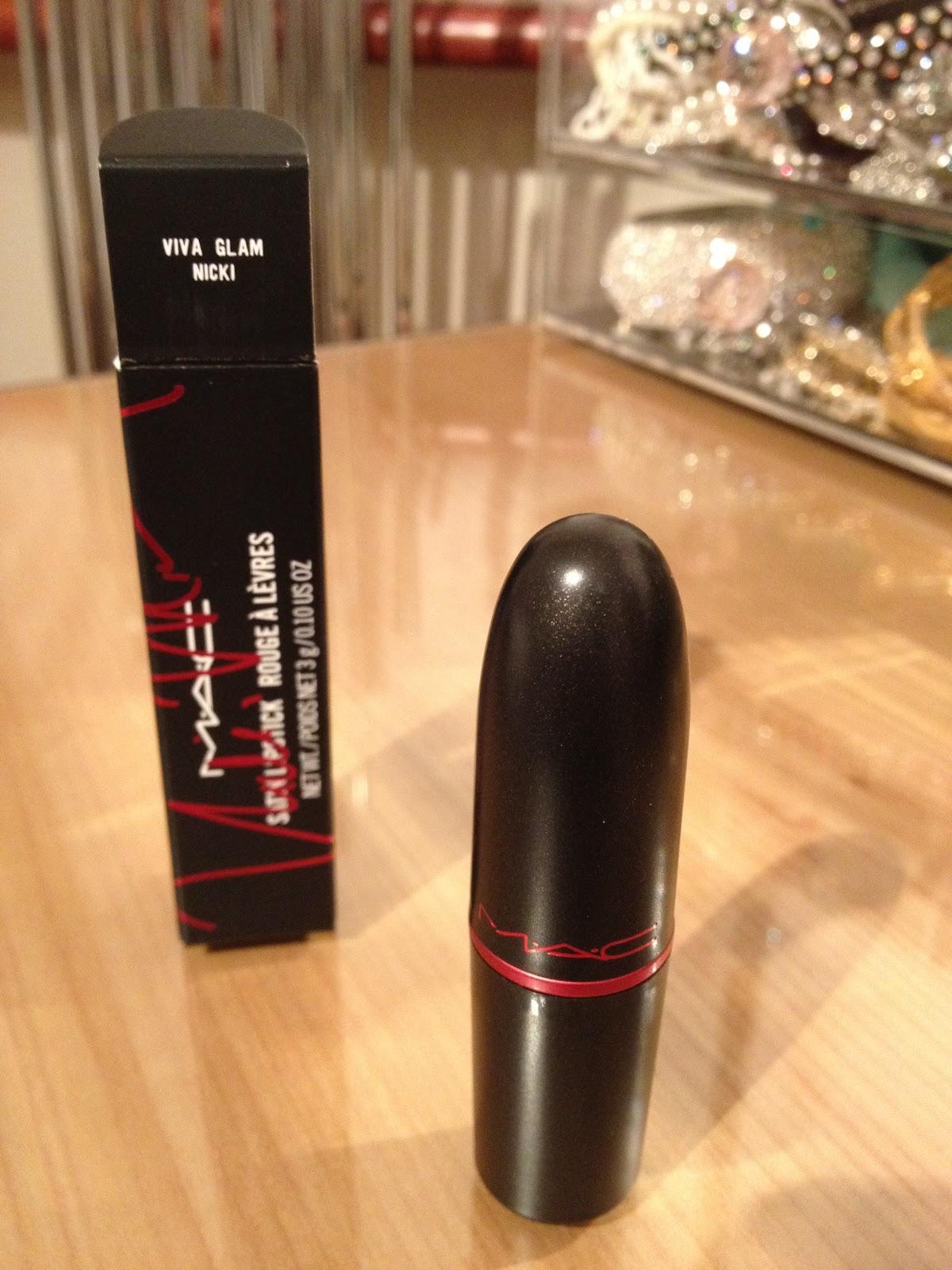 http://1.bp.blogspot.com/--lLaLKzcgKA/T1AOV9Mez7I/AAAAAAAABzc/V4ipoHF-l6A/s1600/MAC+Viva+Glam+Nicki+Lipstick+Review+Swatch+3.JPG
