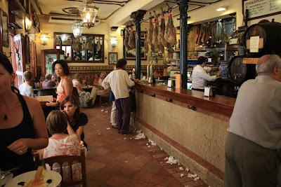 Bodegas Castañeda Tapas Bar in Granada