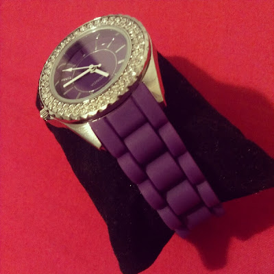 Sekonda Party Watch purple presentation pillow