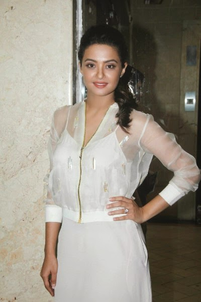 Actress Surveen Chawla