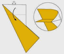 Bước 5: Từ vị trí mũi tên ta mở ra và kéo, gấp mép giấy xuống phía dưới.