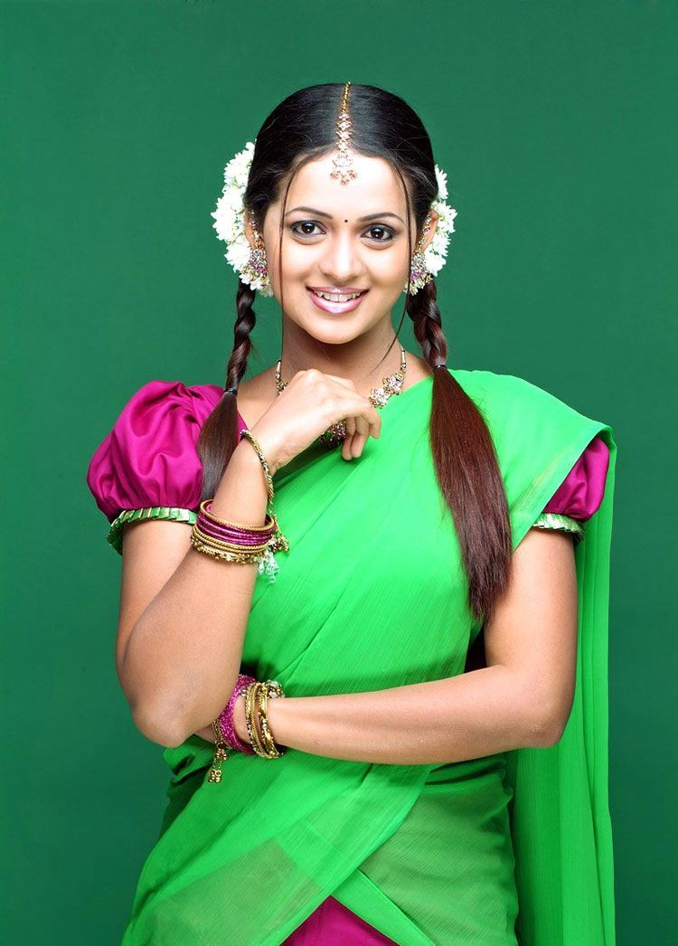 Bhavana Latest Gorgeous In Half Saree Photo Gallery Stills wallpapers