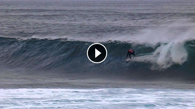 Slater Snags 10 at Volcom Pipe Pro