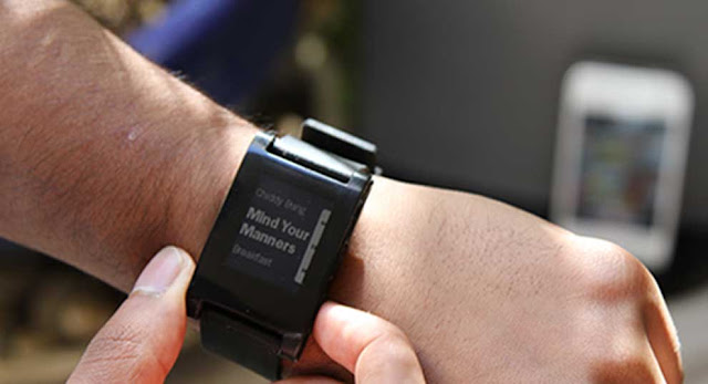 The Pebble E-Paper Watch: The Closest Thing to an iWatch Yet