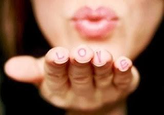 souffler un bisou d'amour