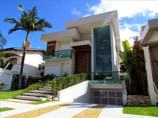 20 fachadas de casas com entradas principais modernas e for Casa moderna 8