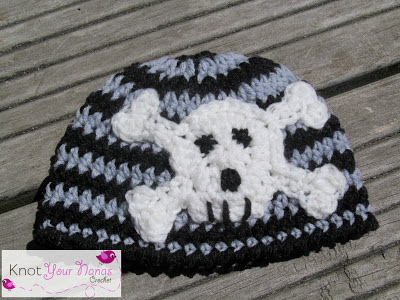 Crochet-pattern-newborn-beanie-skull-applique