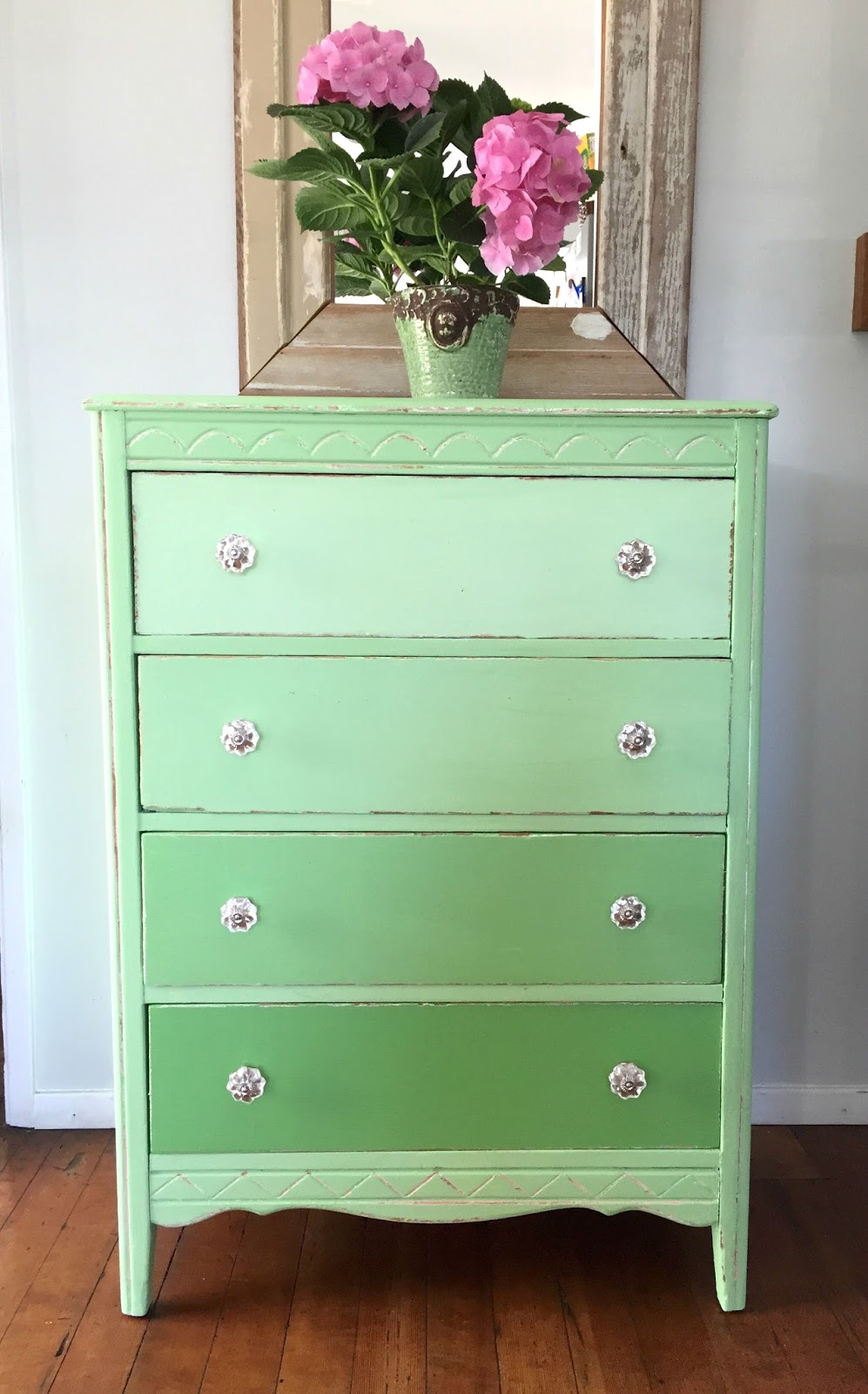 How To Paint A Green Ombre Dresser
