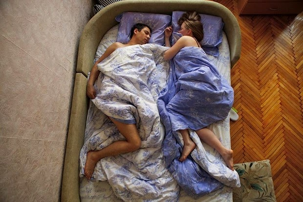 pregnant couples