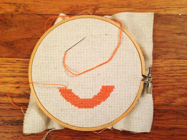 Ombre cross-stitched table numbers // Step 3
