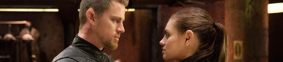 Channing Tatum dan Mila Kunis dalam salah satu adegan film Jupiter Ascending