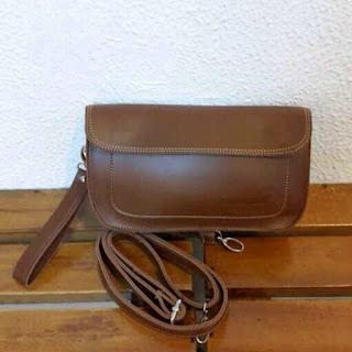 gambar mini clutch bag warna cokelat gelap terbaru untuk pria dan wanita