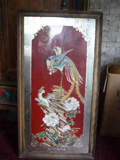 barang antik hiasan gantung lukisan kaca burung naga