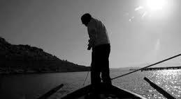 (ΕΝΑ ΕΚΠΛΗΚΤΙΚΟ video ΠΟΥ ΠΡΕΠΕΙ ΝΑ ΤΟ ΔΟΥΝ ΟΛΟΙ) Ο Τυφλός ψαράς..