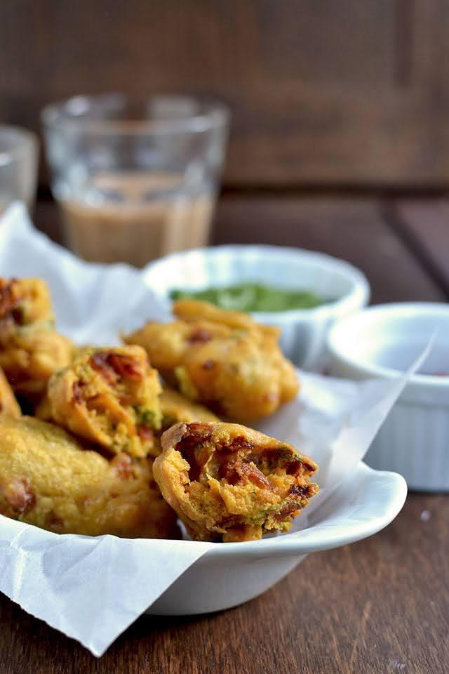 Sindhi Onion Pakoda