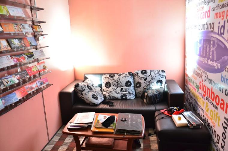 Ruangan Santai Pelanggan
