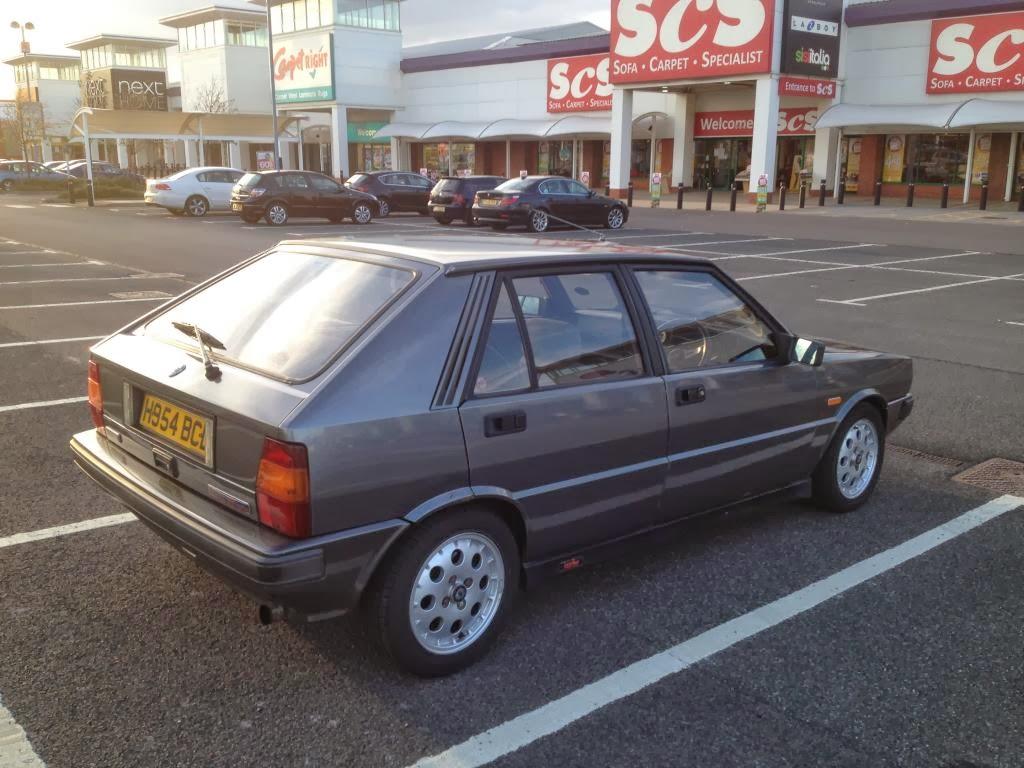 http://1.bp.blogspot.com/--nSrIsvy_A0/Up5ExFF4HFI/AAAAAAAAPn8/2UflMrHUX-c/s1600/1991-Lancia-Delta-HF-Turbo-side-view.jpg
