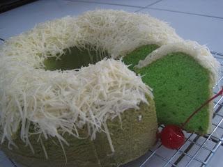 Resep sederhana cake santan pandan