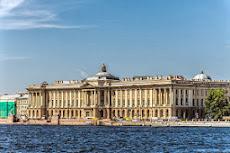Nauka Rysunku oparta na dziedzictwie najlepszych Akademii Sztuk Pięknych na Świecie.
