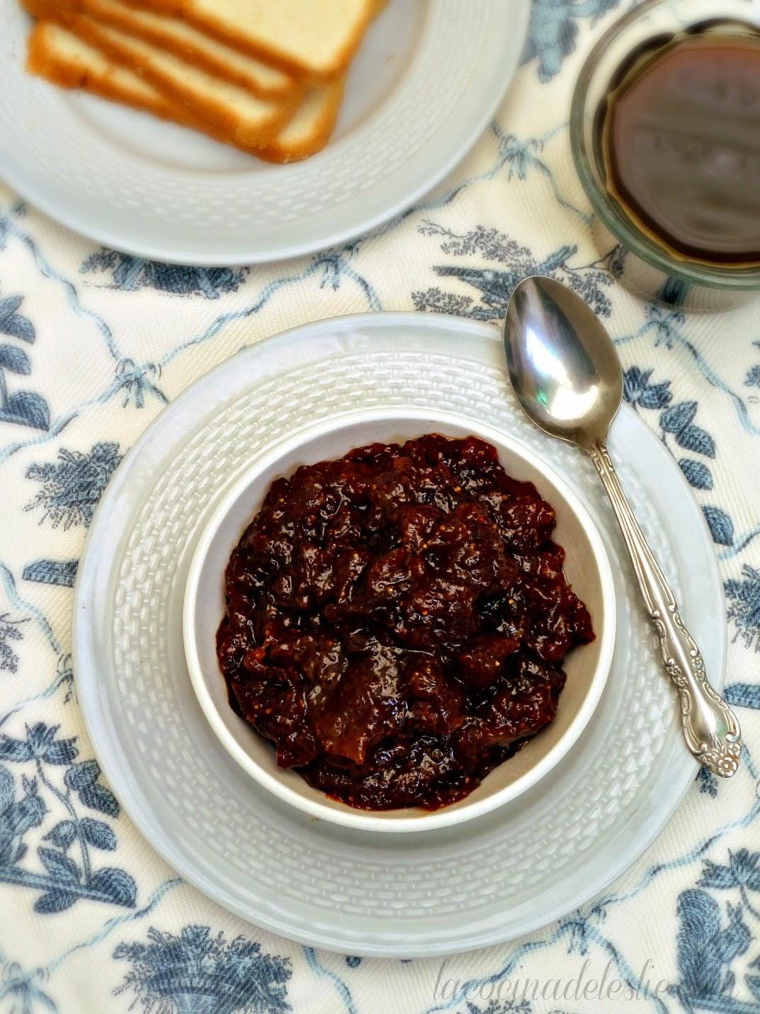 Homemade Fresh Fig Jam - lacocinadeleslie.com