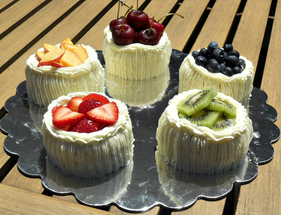 Individual Angel Food Cakes With Lemon Curd Filling And Topped With