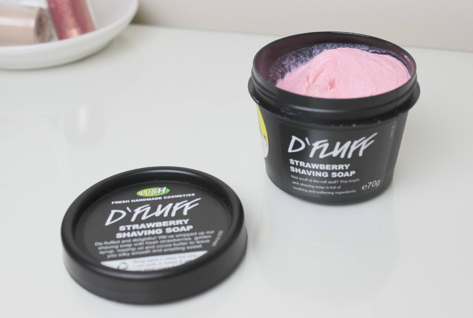 A picture of Lush D'Fluff Strawberry Shaving Soap