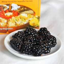 Blackberries with chaat masala