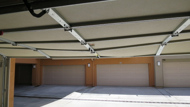 RAMBLING ABOUT EVERYTHING: Sagging Garage Door Temporary Fix