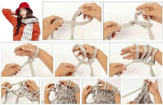 Вяжем шарф на руках без спиц