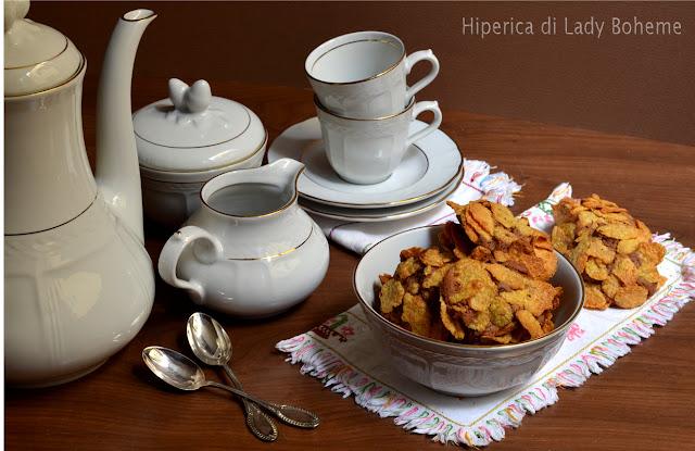 hiperica_lady_boheme_blog_di_cucina_ricette_gustose_facili_veloci_dolci_biscotti_ai_fiocchi_di_mais_o_corn_flakes_2