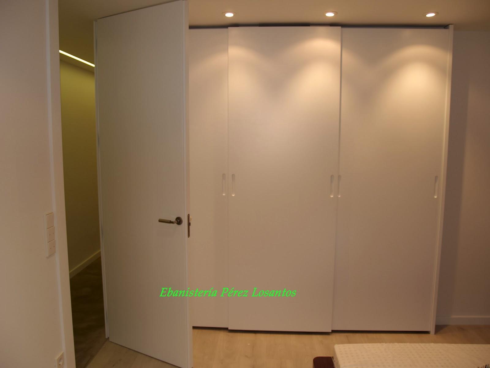 Ebanisteria perez losantos s l armarios a medida armario lacado puertas correderas colgadas - Puertas correderas colgadas ...