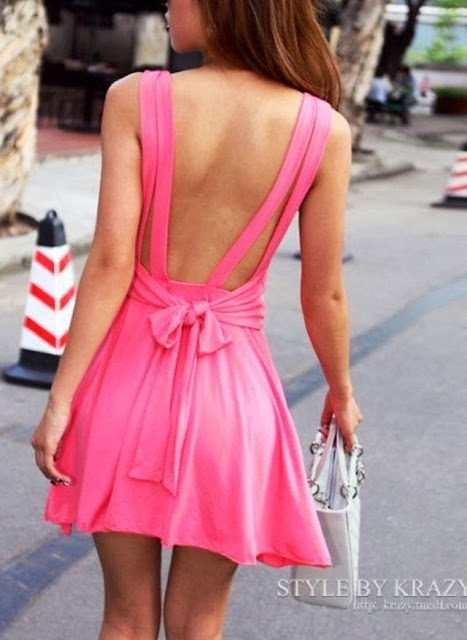street style: cute pink open-back dress with bow