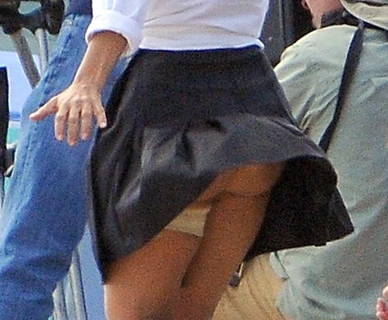 Salma Hayek Nip Slip Huge Cleavage