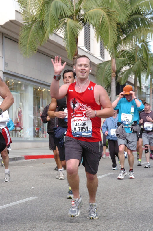 Running down Rodeo Drive L.A. Marathon 2012