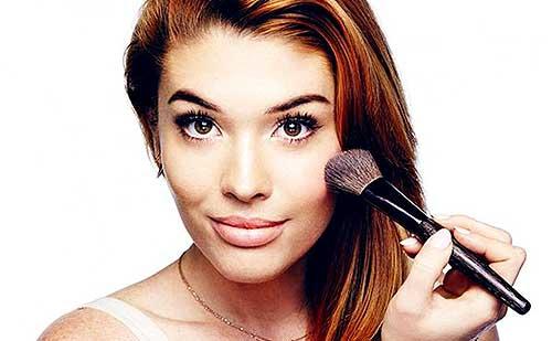 Como aplicar el colorete según la forma de tu rostro