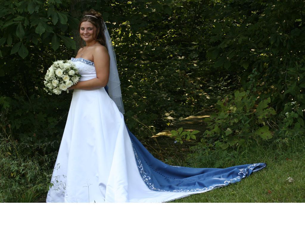 Alfred Angelo 1516Wedding Dresses