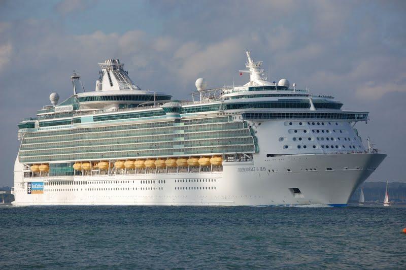 Independence Of Seas Cruise Ship | Fitbudha.com